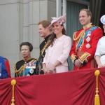 ウィリアム王子とキャサリン妃の子どもプリンセスがイギリス王室に誕生!