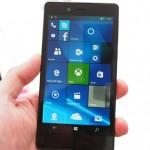 FREETEL Windows10スマホを11月30日に発売